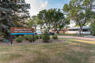 Photo 2: 16442 104A Avenue in Edmonton: Zone 21 House for sale : MLS®# E4254644