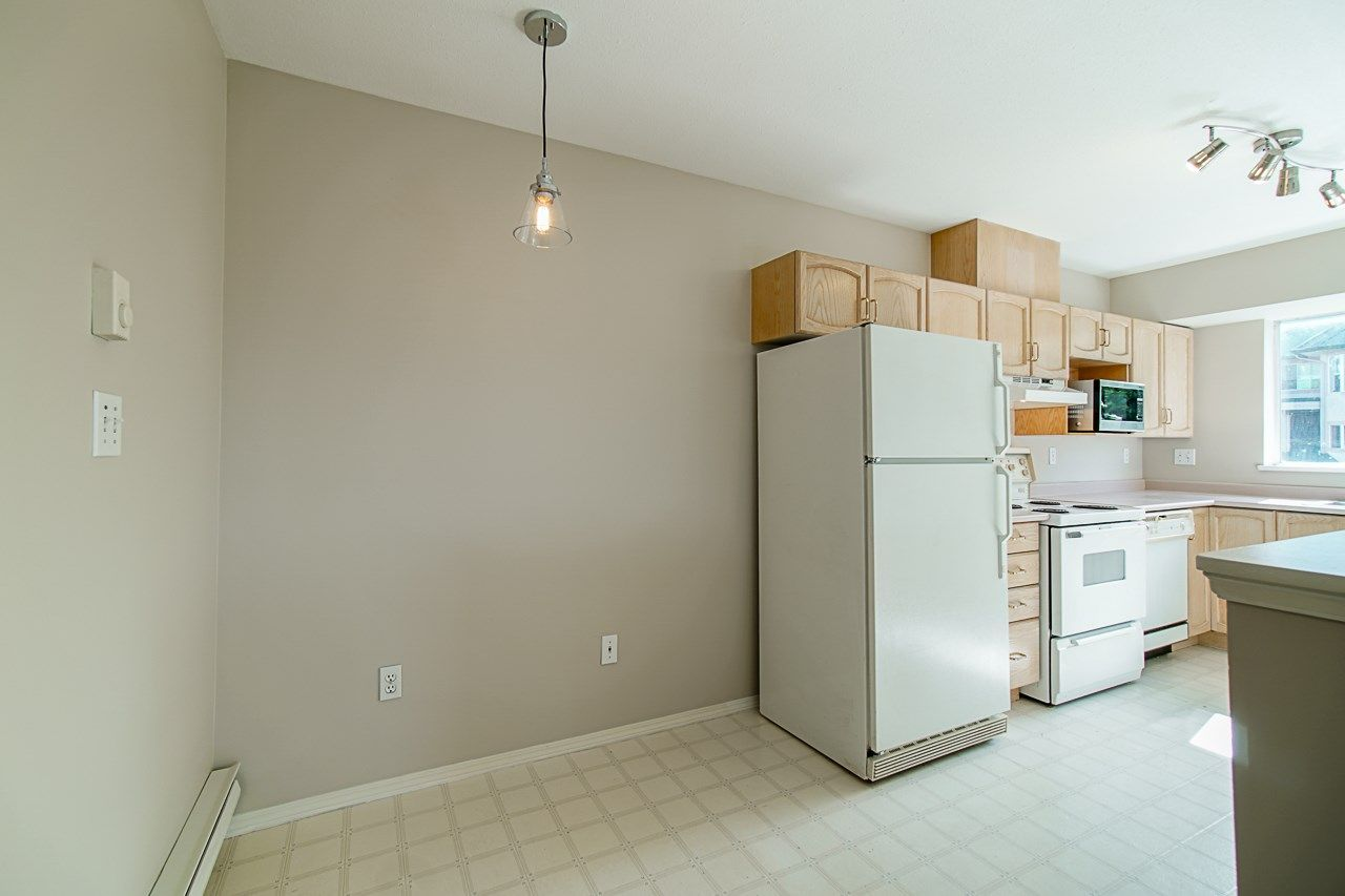 Photo 18: Photos: 306 2962 TRETHEWEY STREET in Abbotsford: Abbotsford West Condo for sale : MLS®# R2470028