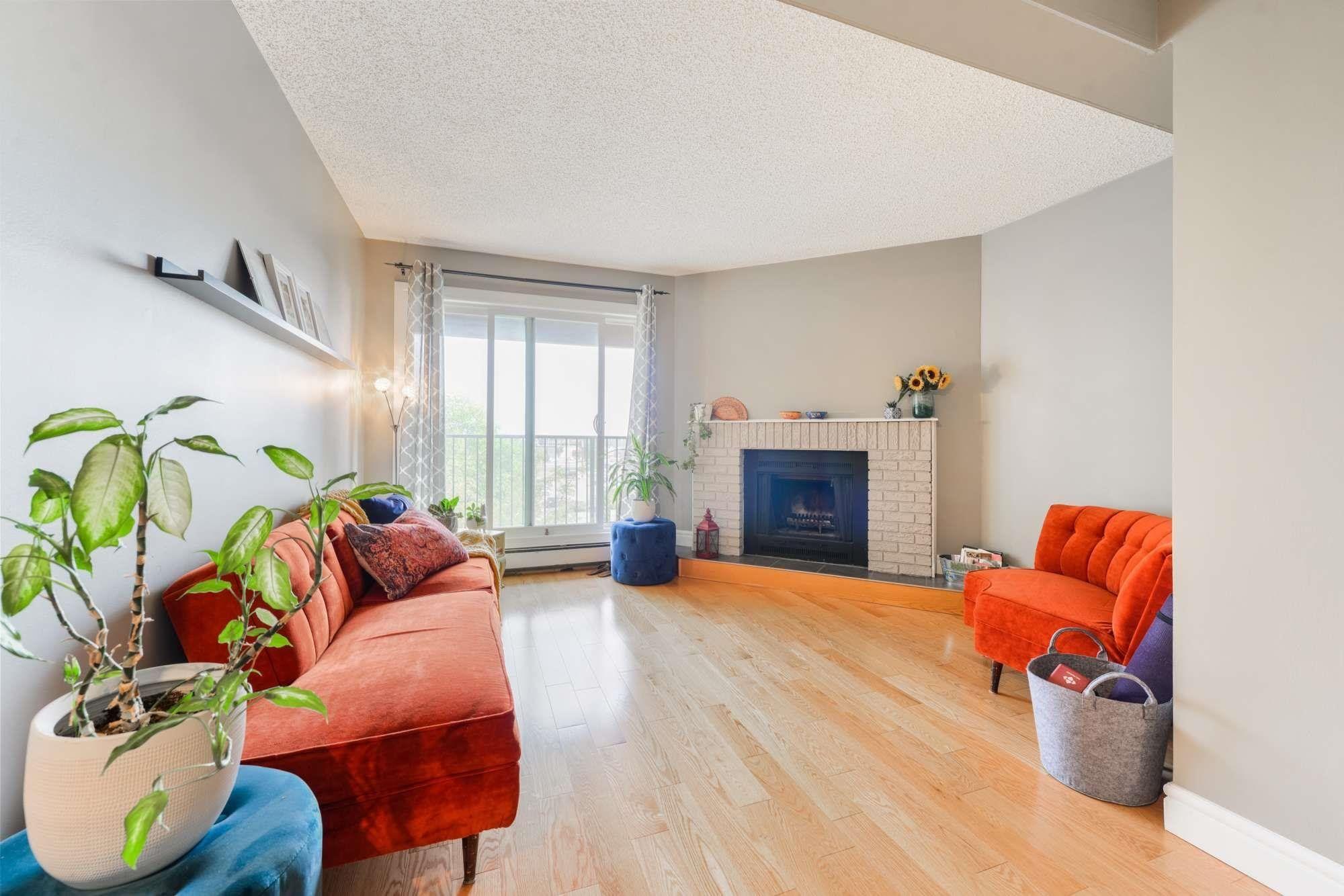 Main Photo: 4041 TUDOR Glen: St. Albert Condo for sale : MLS®# E4257399
