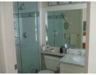 Photo 2: 1803 1189 MELVILLE Street in Vancouver: Coal Harbour Condo for sale (Vancouver West)  : MLS®# V700244