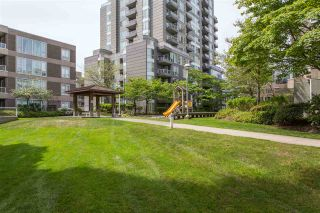 "Photo 13: 1106 5189 GASTON Street in Vancouver: Collingwood VE Condo for sale in ""The MacGregor"" (Vancouver East)  : MLS®# R2369117"