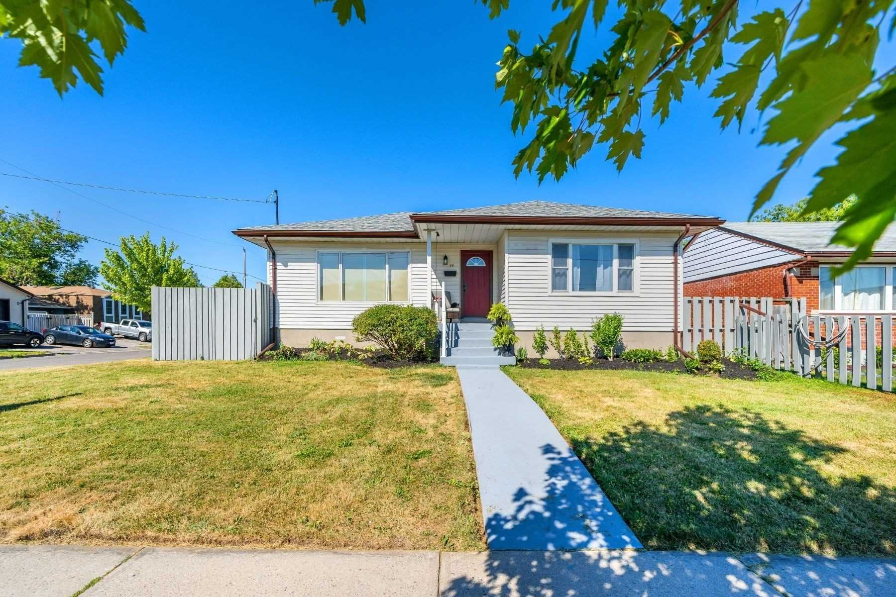 Photo 36: Photos: 26 East Lawn Street in Oshawa: Donevan House (Bungalow) for sale : MLS®# E4818284