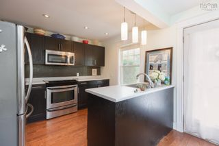Photo 10: 22 Brookside Avenue in Dartmouth: 10-Dartmouth Downtown To Burnside Residential for sale (Halifax-Dartmouth)  : MLS®# 202121405