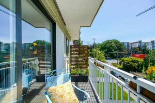 "Photo 19: 206 306 W 1ST Street in North Vancouver: Lower Lonsdale Condo for sale in ""La Viva Place"" : MLS®# R2476201"