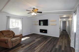 Photo 11: 14 Aspen One Drive in Steinbach: R16 Residential for sale : MLS®# 202112070