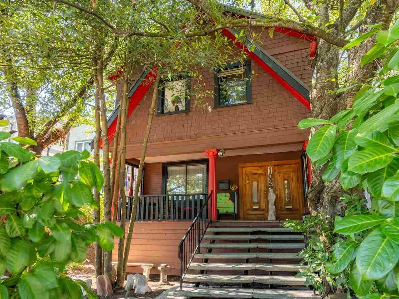 Main Photo: 1023 Mclean Street in Vancouver: Grandview Woodland House for sale (Vancouver East)