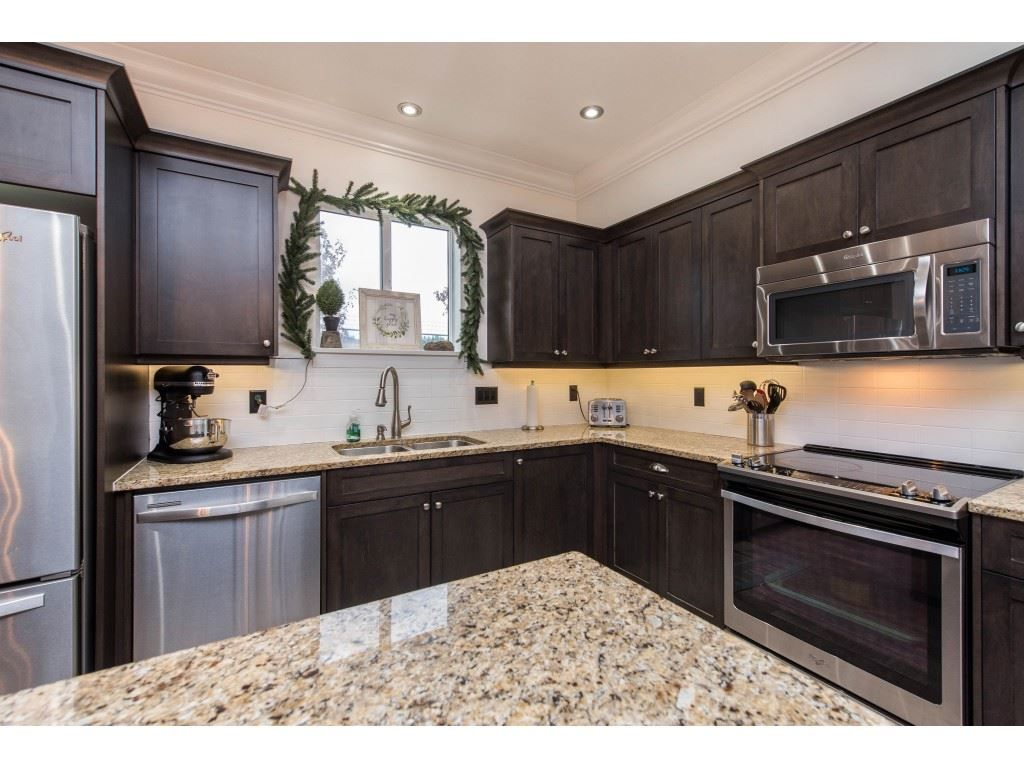 Photo 10: Photos: 16 44849 ANGLERS Boulevard in Chilliwack: Vedder S Watson-Promontory Townhouse for sale (Sardis)  : MLS®# R2536060