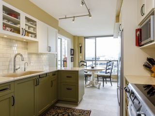 """Photo 6: 704 1575 W 10TH Avenue in Vancouver: Fairview VW Condo for sale in """"TRITON"""" (Vancouver West)  : MLS®# R2480004"""