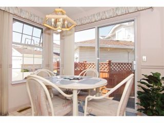 """Photo 10: 6 9163 FLEETWOOD Way in Surrey: Fleetwood Tynehead Townhouse for sale in """"Fountains of Guildford"""" : MLS®# F1323715"""