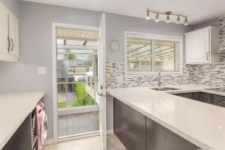 Photo 7: 1101 SMITH Avenue in Coquitlam: Central Coquitlam House for sale : MLS®# R2458016