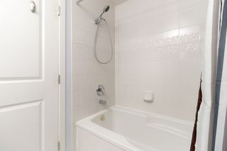 """Photo 19: 202 2668 ASH Street in Vancouver: Fairview VW Condo for sale in """"CAMBRIDGE GARDENS"""" (Vancouver West)  : MLS®# R2510443"""