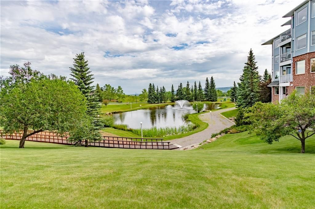 Photo 2: Photos: 3303 HAWKSBROW Point NW in Calgary: Hawkwood Apartment for sale : MLS®# C4305042