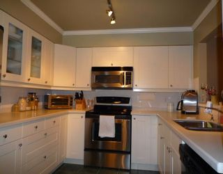 Photo 3: # 108 2288 W 12TH AV in Vancouver: Kitsilano Condo for sale (Vancouver West)  : MLS®# V751487