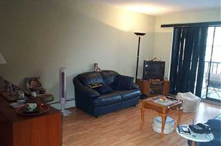 "Photo 2: 131 W 4TH Street in North Vancouver: Lower Lonsdale Condo for sale in ""NOTTINGHAM PLACE"" : MLS®# V626584"