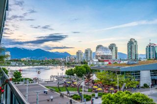 Photo 11: 402 1625 MANITOBA Street in Vancouver: False Creek Condo for sale (Vancouver West)  : MLS®# R2582135