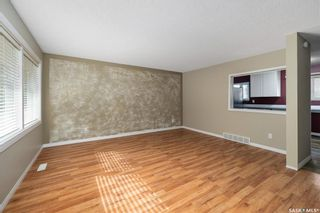 Photo 2: 35 120 Acadia Drive in Saskatoon: West College Park Residential for sale : MLS®# SK850229