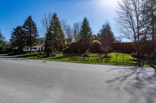 Photo 2: 3512 MCKINLEY Drive: House for sale in Abbotsford: MLS®# R2592755