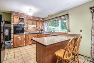 """Photo 6: 3305 208 Street in Langley: Brookswood Langley House for sale in """"BROOKSWOOD"""" : MLS®# R2532225"""