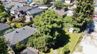 Photo 3: 2541 E KENT Avenue in Vancouver: South Marine House for sale (Vancouver East)  : MLS®# R2589000