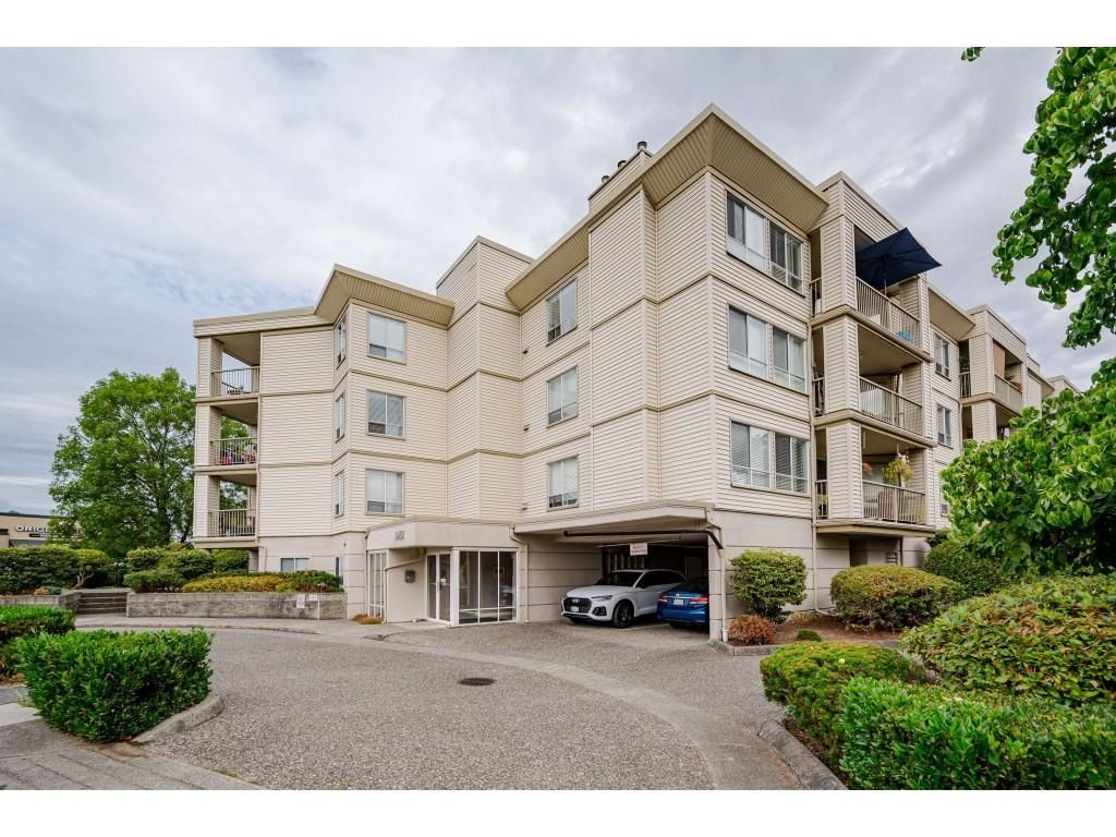 """Photo 2: Photos: 306 5450 208 Street in Langley: Langley City Condo for sale in """"Montgomery Gate"""" : MLS®# R2608181"""