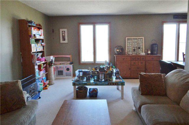 Photo 12: Photos: 46 Goldgate Crest: Orangeville House (Sidesplit 3) for sale : MLS®# W3472485