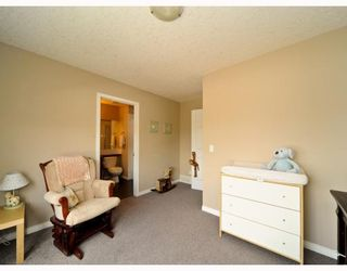 Photo 12: 25 COPPERFIELD Court SE in CALGARY: Copperfield Townhouse for sale (Calgary)  : MLS®# C3383561