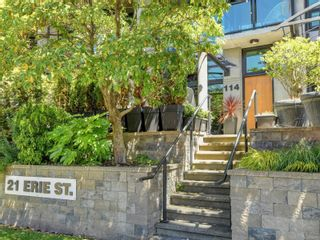 Photo 2: 114 21 Erie St in : Vi James Bay Row/Townhouse for sale (Victoria)  : MLS®# 878101