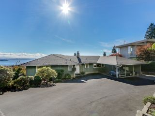 Photo 7: 2550 QUEENS Avenue in West Vancouver: Queens House for sale : MLS®# R2591491