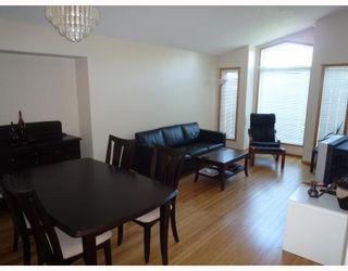 Photo 3: 112 LEON BELL Drive in WINNIPEG: Fort Garry / Whyte Ridge / St Norbert Residential for sale (South Winnipeg)  : MLS®# 2916039