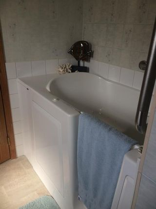 Photo 7: 274B 3rd Street West Street W: Cardston Semi Detached for sale : MLS®# A1118220
