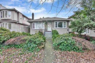 Photo 2: 2330 DUNDAS Street in Vancouver: Hastings House for sale (Vancouver East)  : MLS®# R2536266