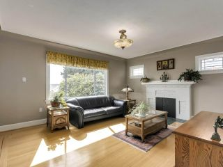 """Photo 5: 813 W 69TH Avenue in Vancouver: Marpole House for sale in """"MARPOLE"""" (Vancouver West)  : MLS®# R2560766"""