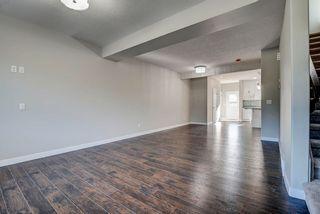 Photo 5: 10357 149 Street in Edmonton: Zone 21 House Half Duplex for sale : MLS®# E4246596