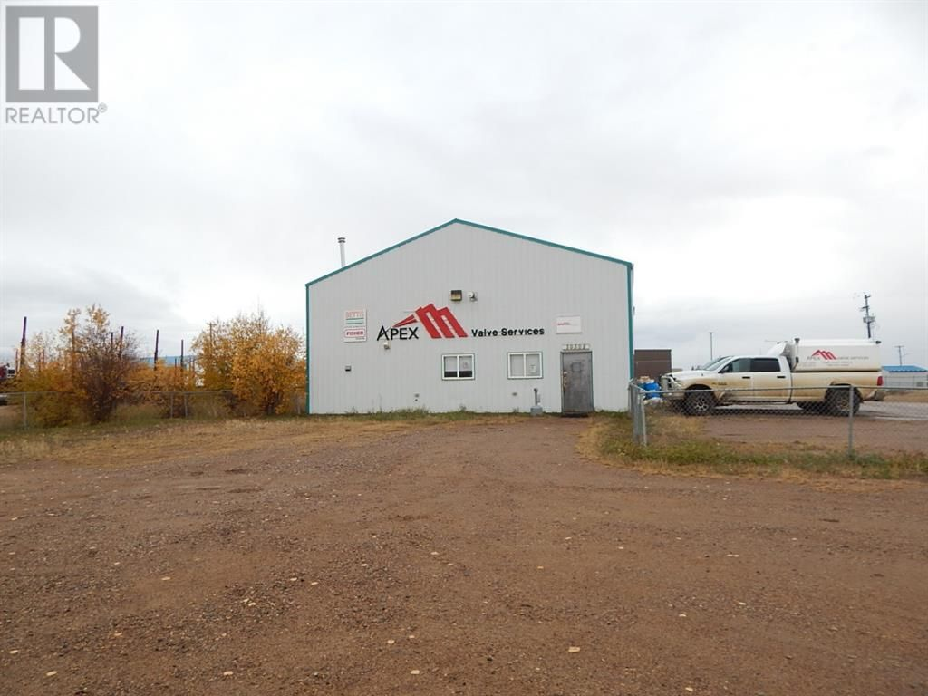 Main Photo: 10508 93 Street in High Level: Industrial for sale : MLS®# A1151077