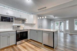 Photo 4: 15819 69 Street in Edmonton: Zone 28 House Half Duplex for sale : MLS®# E4253647