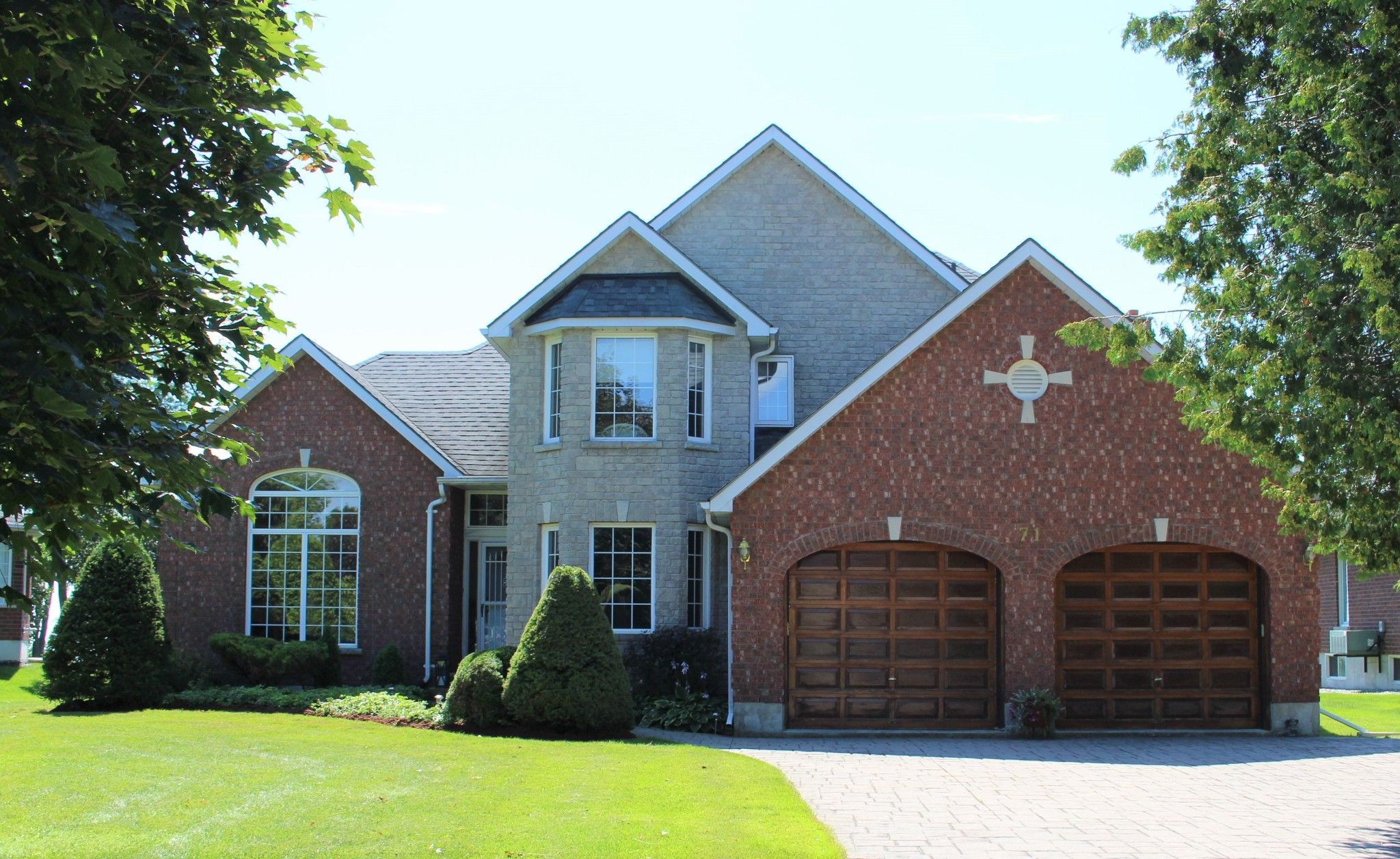 Main Photo: 71 East House Crescent in Cobourg: House for sale : MLS®# 219949