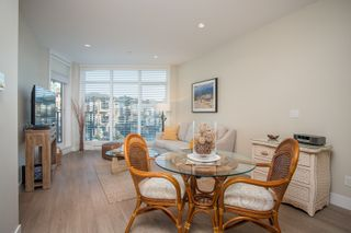 """Photo 13: 415 14855 THRIFT Avenue: White Rock Condo for sale in """"The Royce"""" (South Surrey White Rock)  : MLS®# R2538329"""