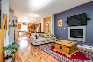 Photo 8: 907 F Avenue North in Saskatoon: Caswell Hill Residential for sale : MLS®# SK859525