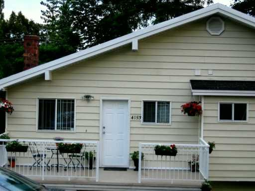 "Photo 2: Photos: 4153 MARINE Drive in Burnaby: South Slope House for sale in ""SOUTH SLOPE"" (Burnaby South)  : MLS®# V592222"