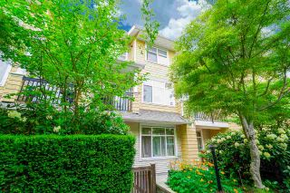 """Photo 19: 81 6878 SOUTHPOINT Drive in Burnaby: South Slope Townhouse for sale in """"CORTINA"""" (Burnaby South)  : MLS®# R2369497"""