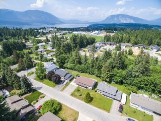 Photo 6: 3411 Southeast 7 Avenue in Salmon Arm: Little Mountain House for sale : MLS®# 10185360