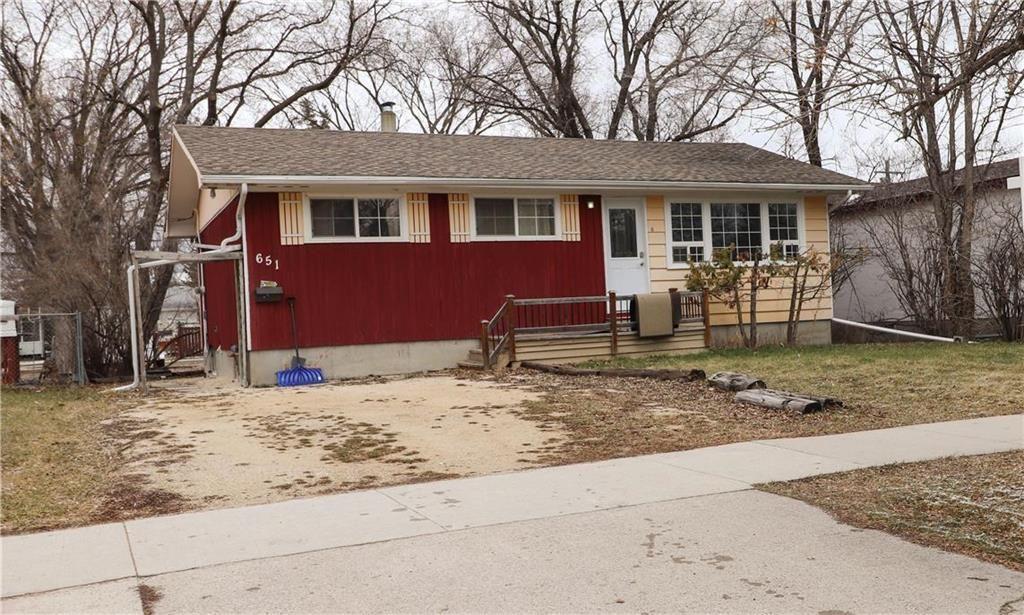 Main Photo: 651 Pasadena Avenue in Winnipeg: Fort Richmond Residential for sale (1K)  : MLS®# 202109016