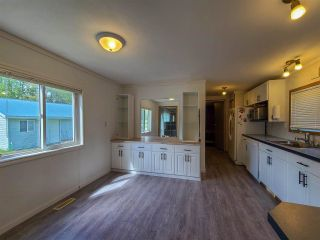 """Photo 10: 2604 MINOTTI Drive in Prince George: Hart Highway Manufactured Home for sale in """"HART HIGHWAY"""" (PG City North (Zone 73))  : MLS®# R2589076"""
