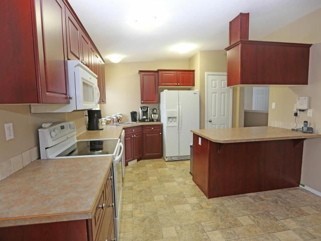 Photo 2: Photos: 405 McLean Drive in Barriere: BA House for sale (NE)  : MLS®# 162815