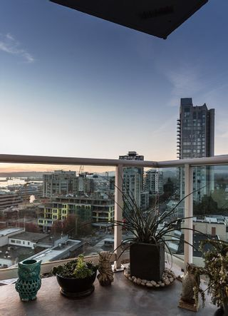"Photo 18: 1204 130 E 2ND Street in North Vancouver: Lower Lonsdale Condo for sale in ""THE OLYMPIC"" : MLS®# R2012123"
