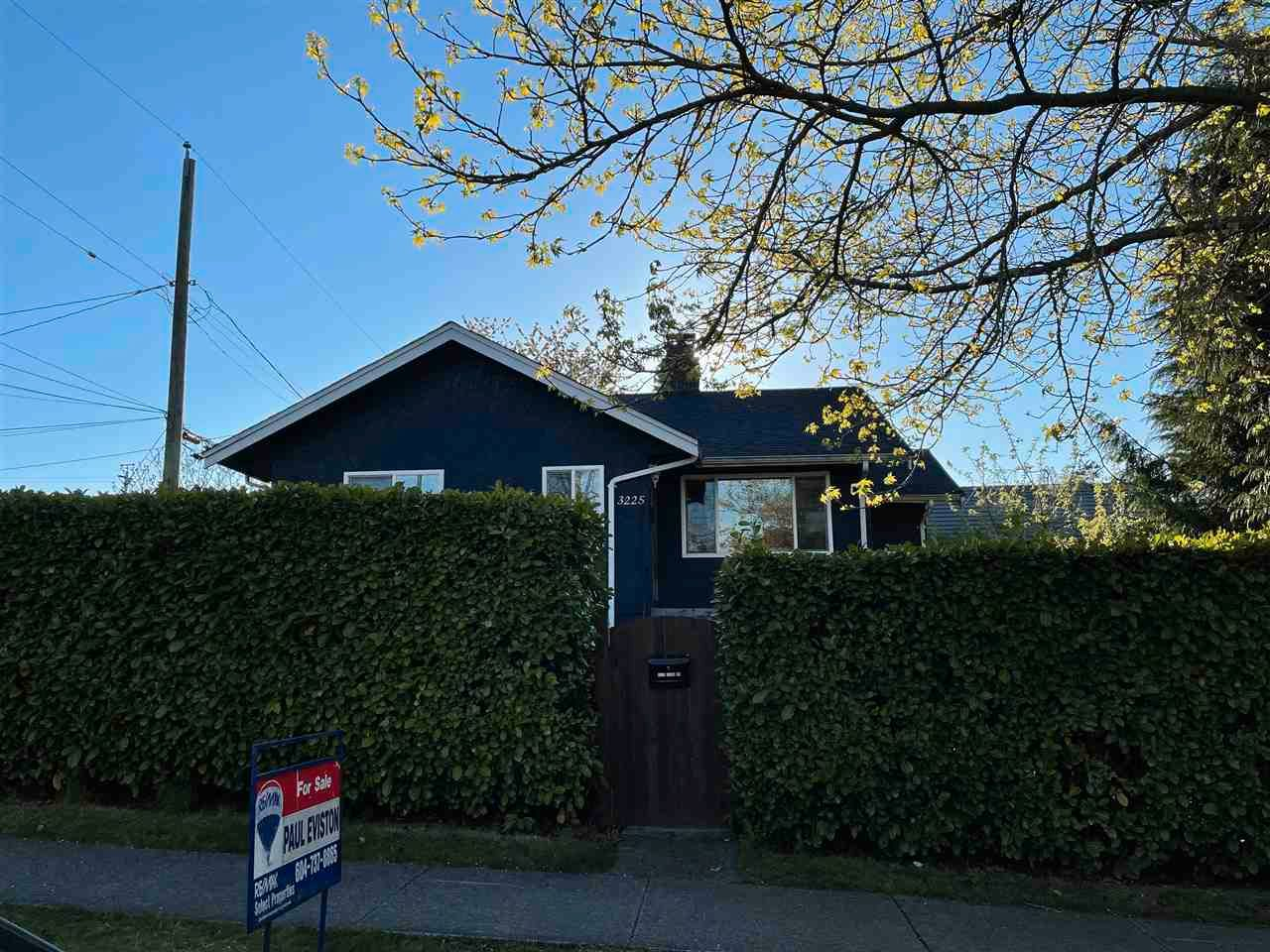 Main Photo: 3225 CLARK Drive in Vancouver: Knight House for sale (Vancouver East)  : MLS®# R2571714
