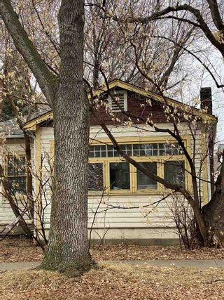 Photo 1: 9721 96 Street in Edmonton: Zone 18 House for sale : MLS®# E4234559