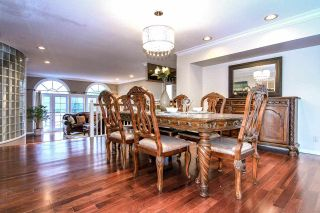 Photo 8: 4220 STARLIGHT WAY in North Vancouver: Upper Delbrook House for sale : MLS®# R2036386