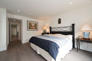 """Photo 10: 600 E 22ND Street in North Vancouver: Boulevard House for sale in """"Grand Boulevard"""" : MLS®# R2231635"""