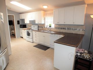 """Photo 11: 3 62010 FLOOD HOPE Road in Hope: Hope Silver Creek Manufactured Home for sale in """"WINDMILL MHP"""" : MLS®# R2600579"""
